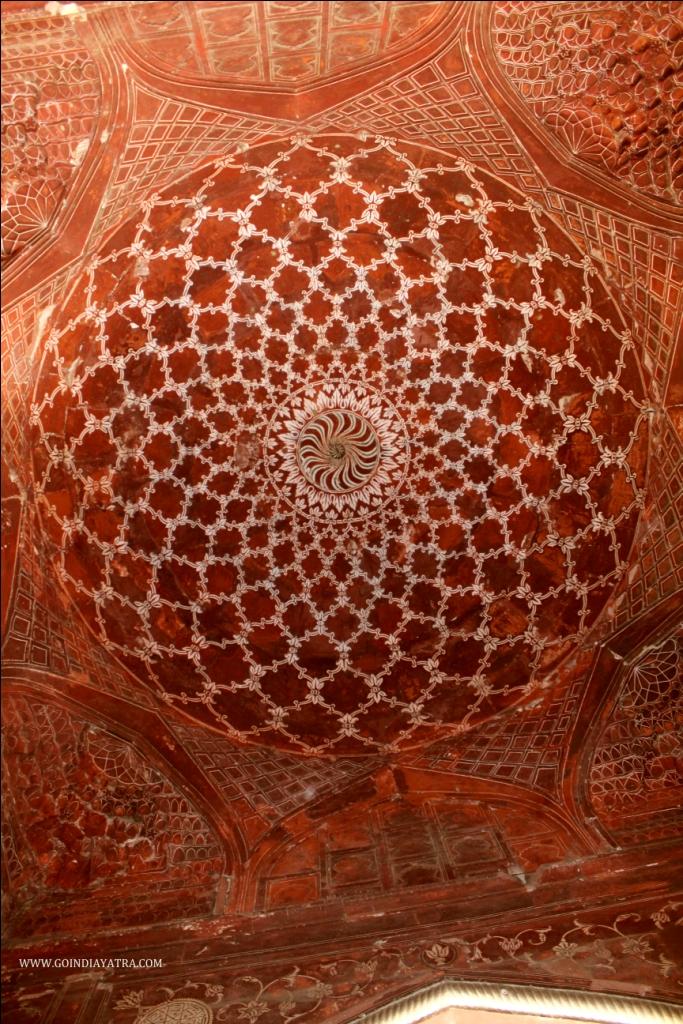 ceiling of mosque inside taj mahal mosque, goindiayatra blog