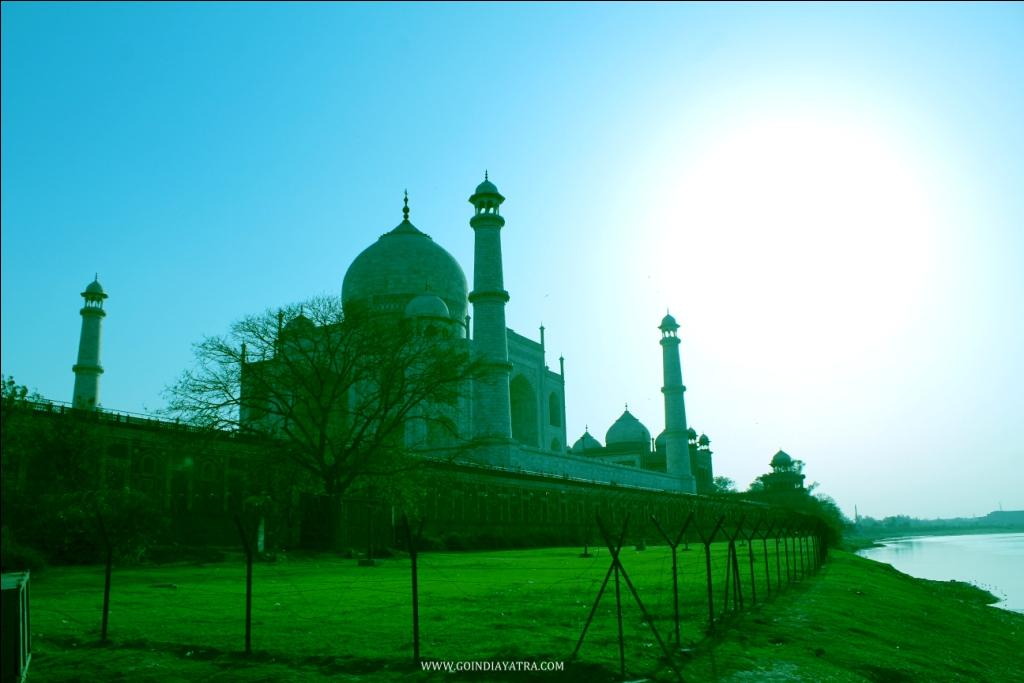 taj mahal river side view, goindiayatra blog