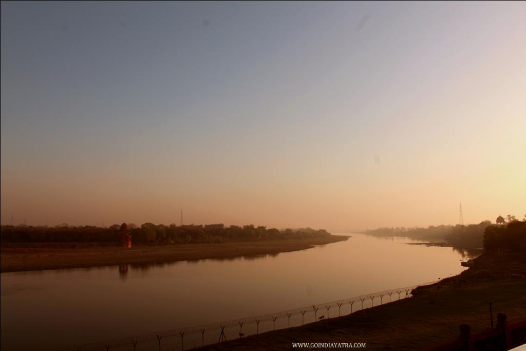 taj mahal yamuna river view, goindiayatra blog