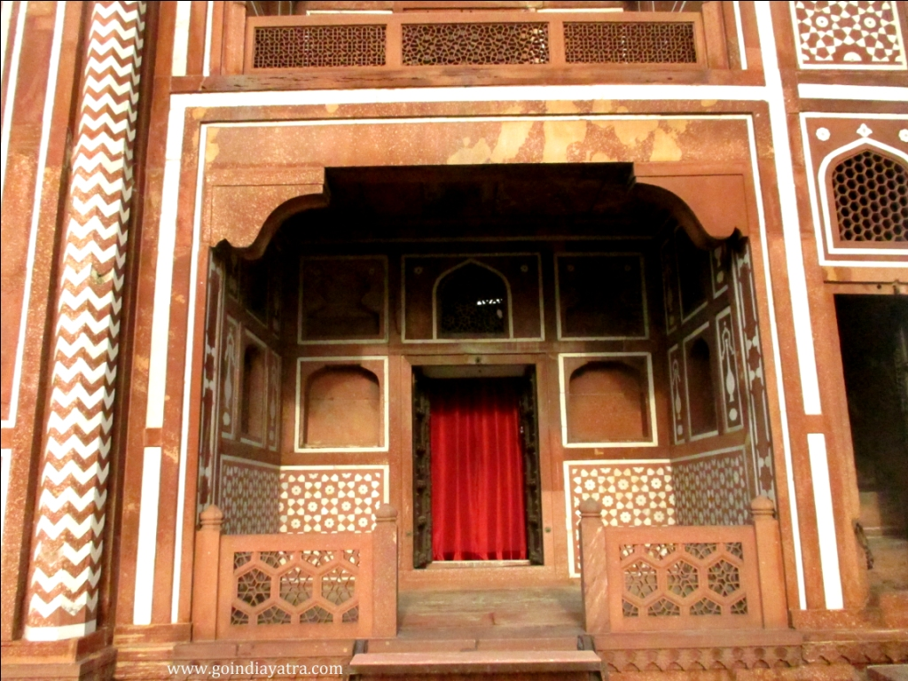 Old redstone palace inside itimad-ud-daulah Tomb
